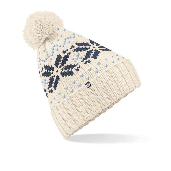 gorro con pompon para invierno de color blanco