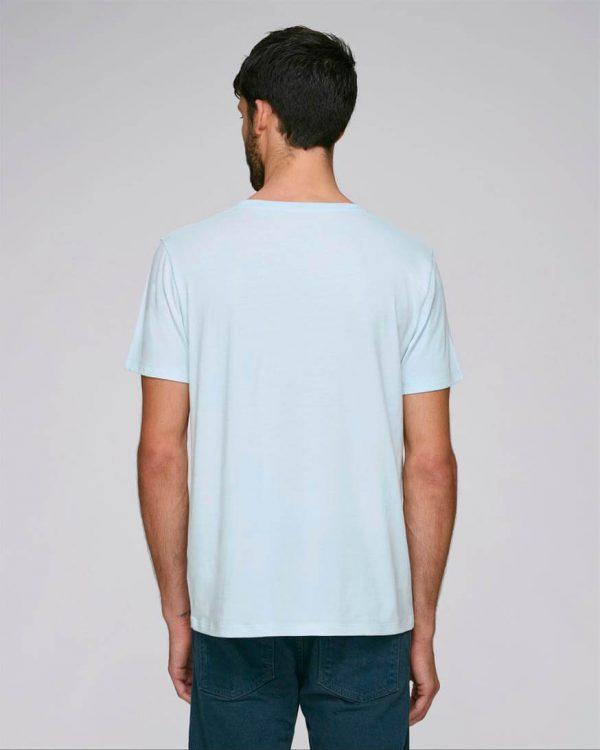 camiseta azul celeste bordada